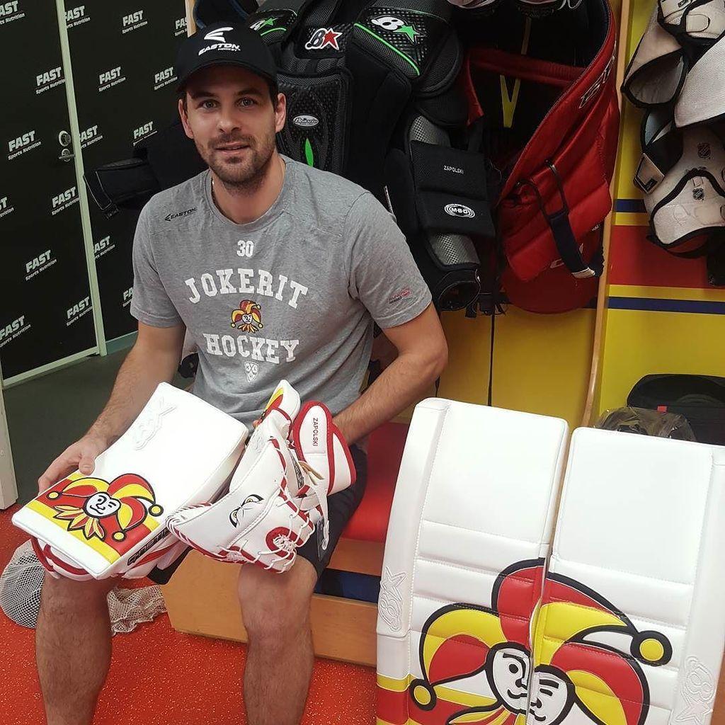 Ryan Zapolski Jokerit Goalie Pads Setup